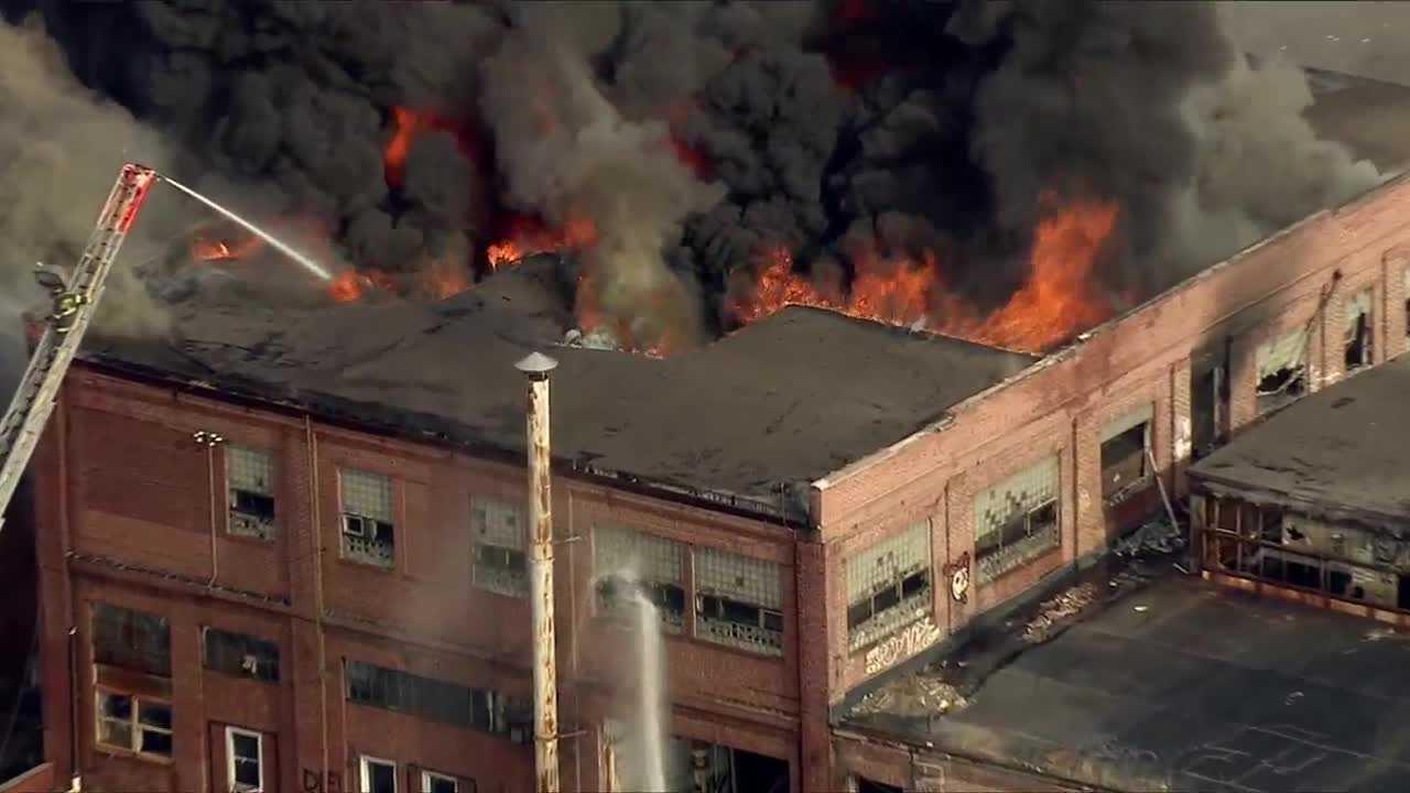 SE Baltimore warehouse fire