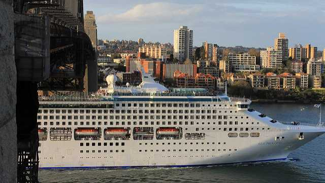 Cruise Ship Faced Possible Pirate Attack For Days According To - Pirates attack cruise ship