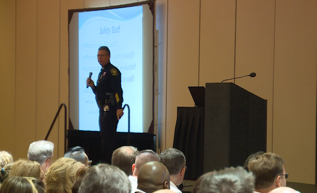 Hundreds show up for CPD active shooter presentation following Fifth Third shooting