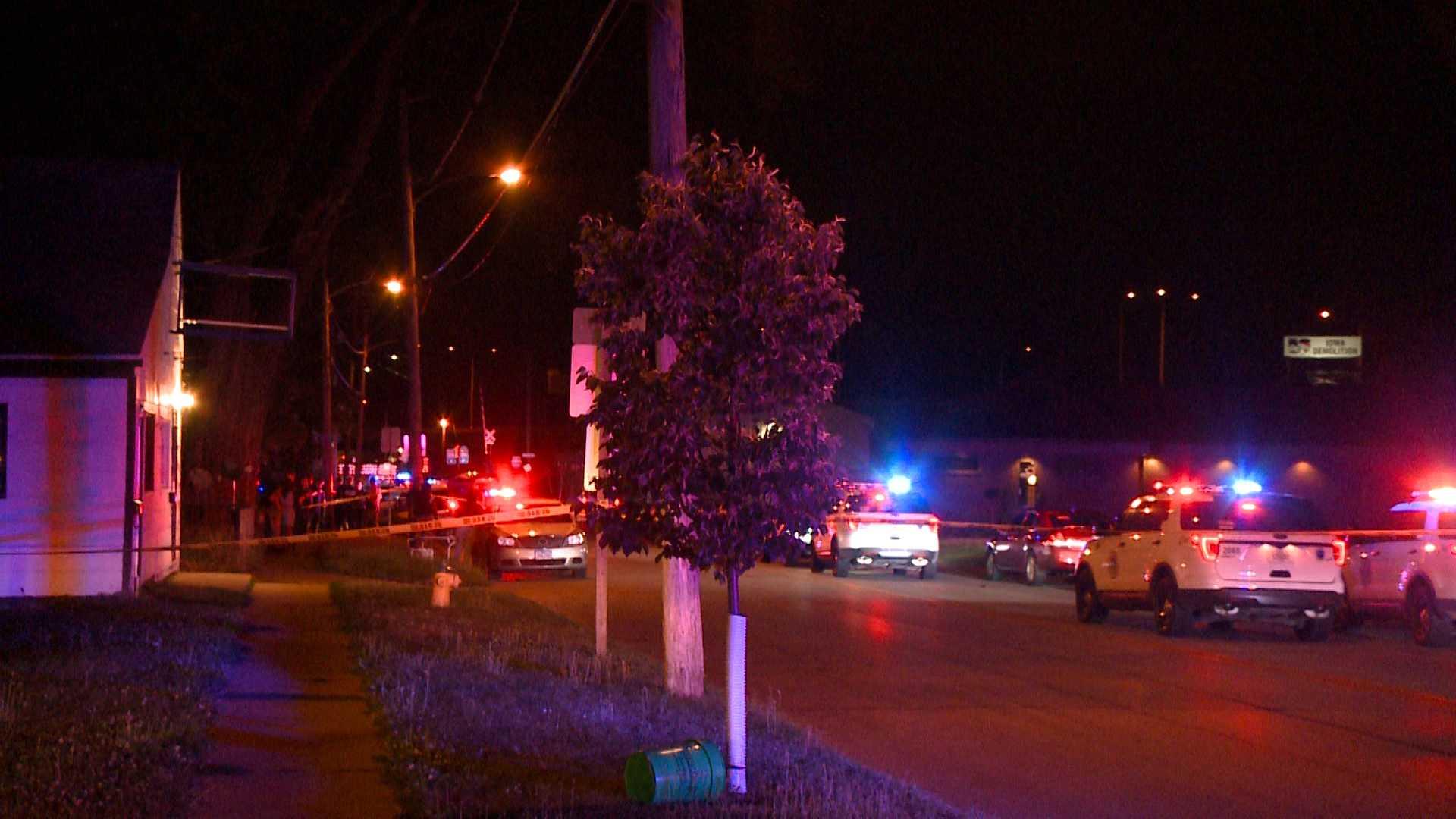 Des Moines police investigate shooting deaths of 2 men