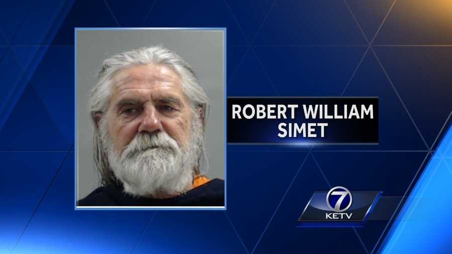 Federal Bureau of Investigation  arrest man accused of threatening to assault Iowa senator