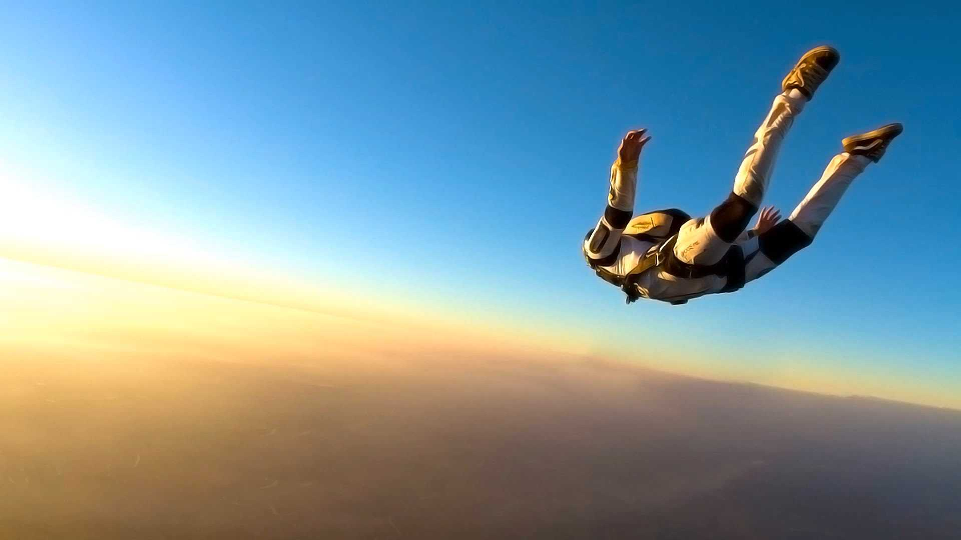 Georgia man dies in skydiving accident