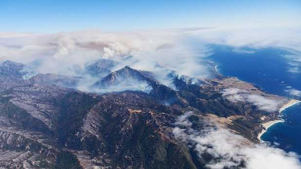 Soberanes Fire - Smoke seen from the air