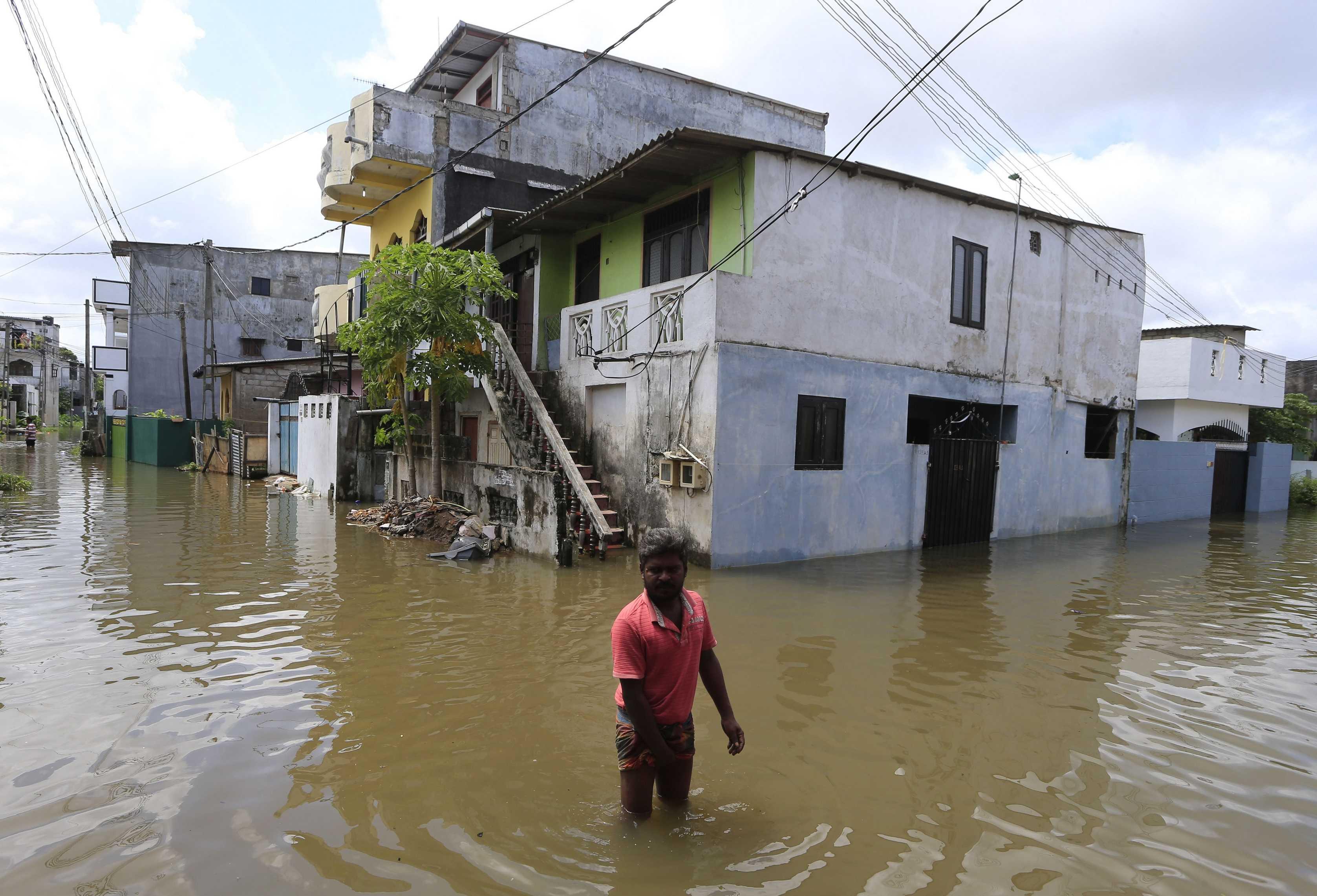 Sri Lanka flooding reaches worst point in 14 years