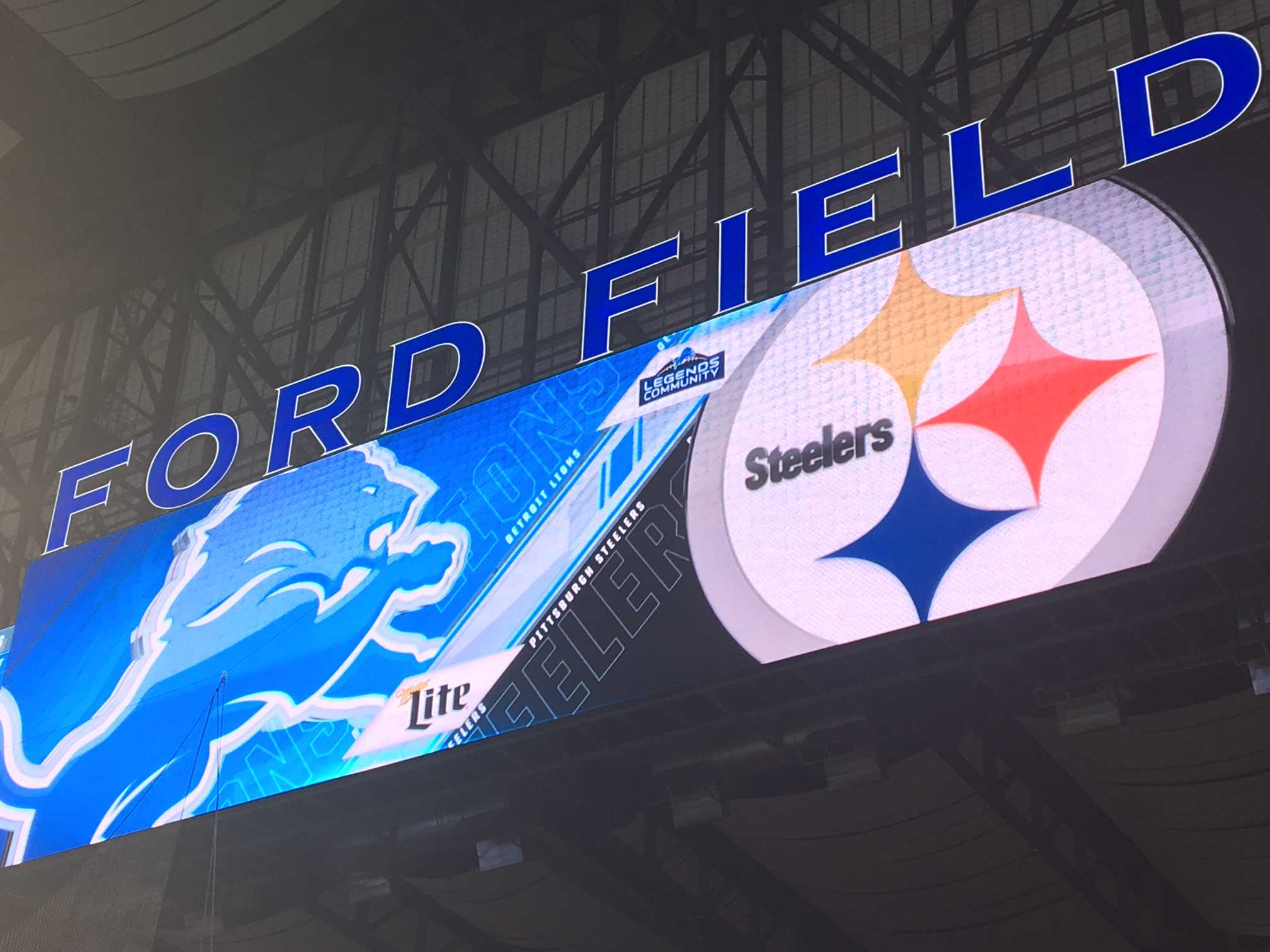 Steelers Hold Off Matthew Stafford, Lions Behind JuJu Smith-Schuster's Big Night