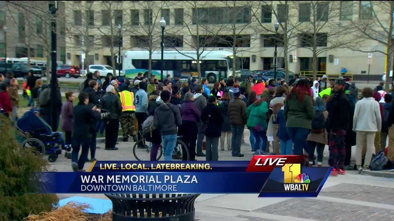 Students rally at War Memorial Plaza
