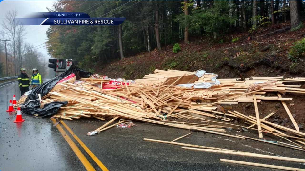 Lumber truck rollover causes road closure in Sullivan