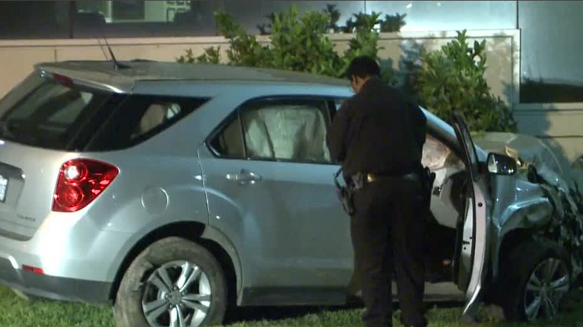 SUV crash into hospital building