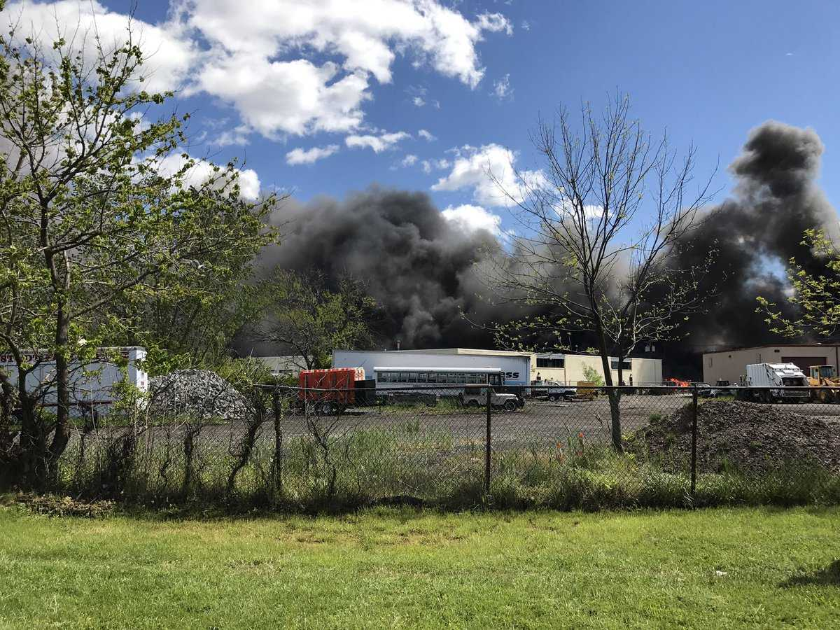 2 killed in Teterboro Airport crash