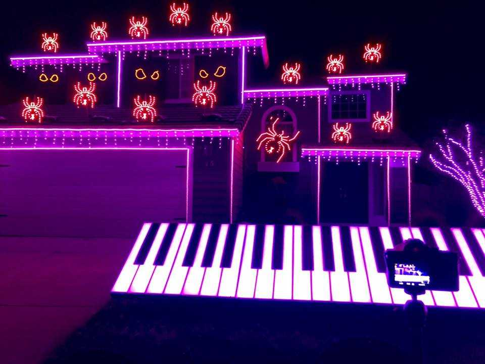 you have to see this incredible norcal halloween light display