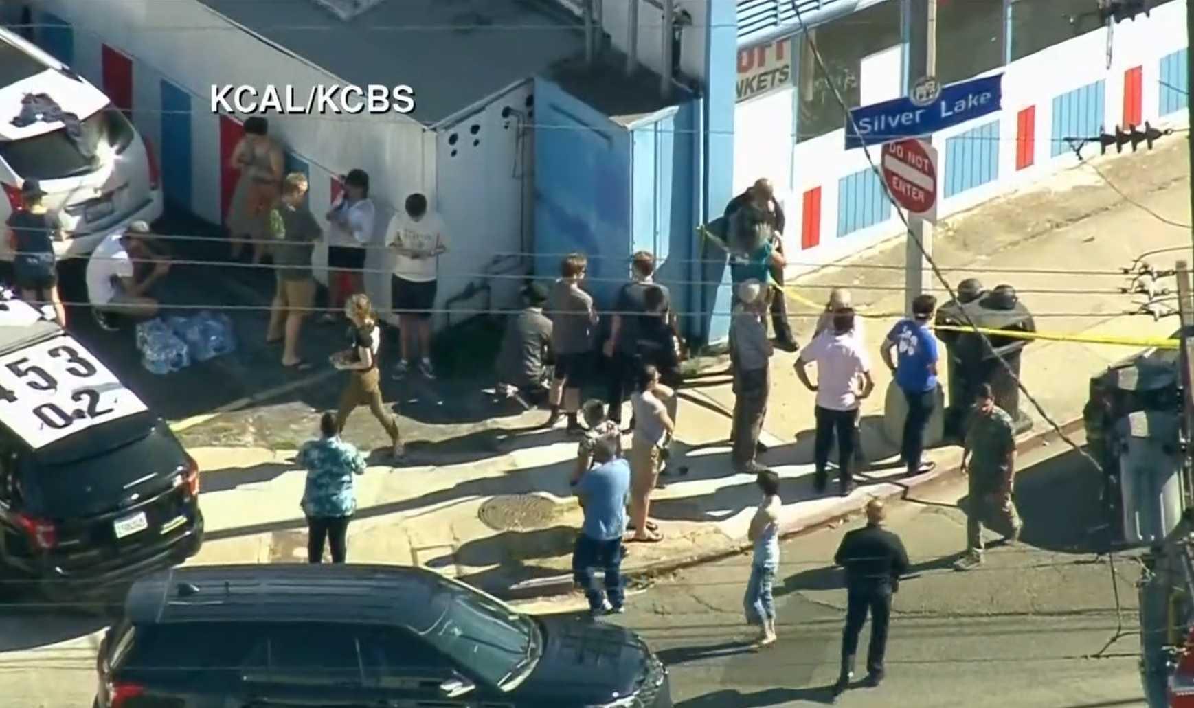 1 killed in standoff at Los Angeles Trader Joe's store