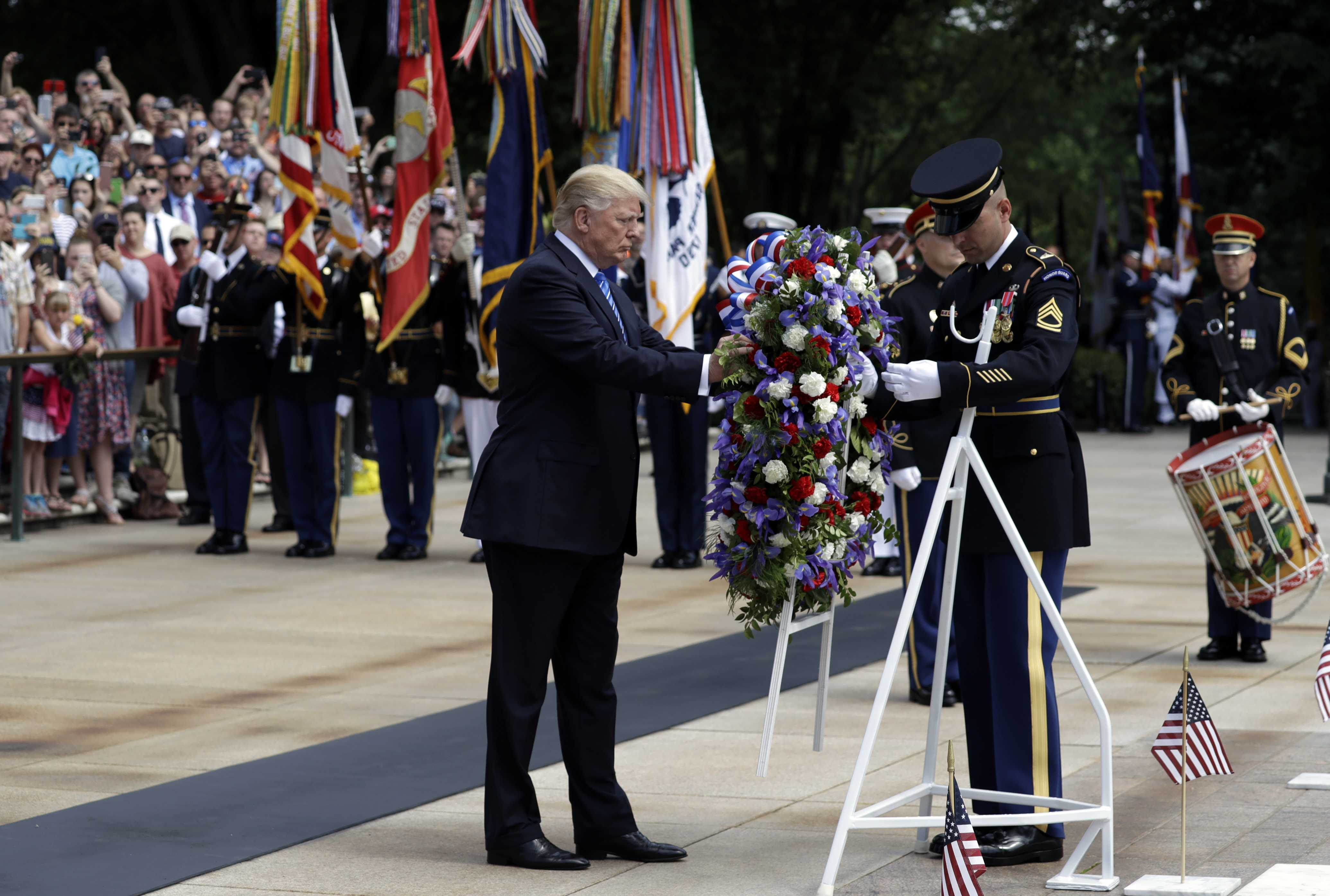 Trump honors fallen and families in Memorial Day address