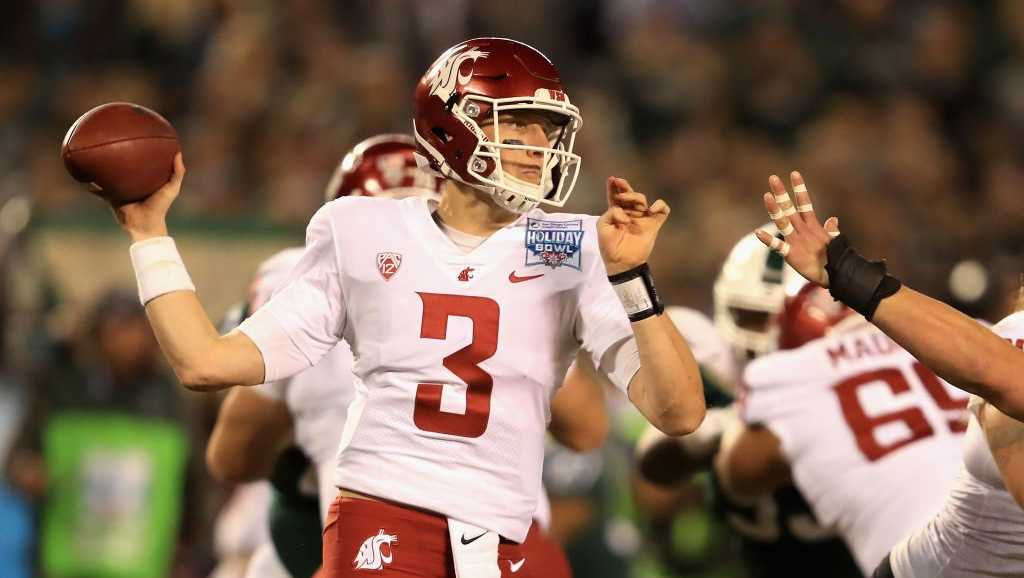 Tyler Hilinski #3 of the Washington State Cougars passes the ball against the Michigan State Spartans during the first half of the SDCCU Holiday Bowl at SDCCU Stadium on December 28, 2017 in San Diego, California