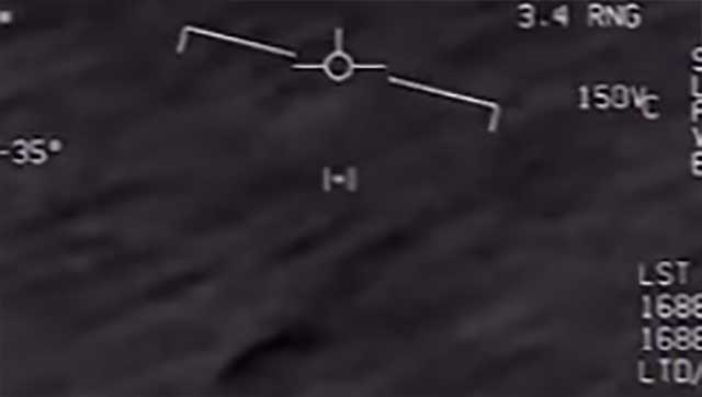 Video shows Navy jet's encounter with UFO, group says