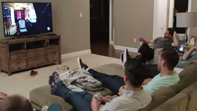 Ravens players watch The Bachelorette