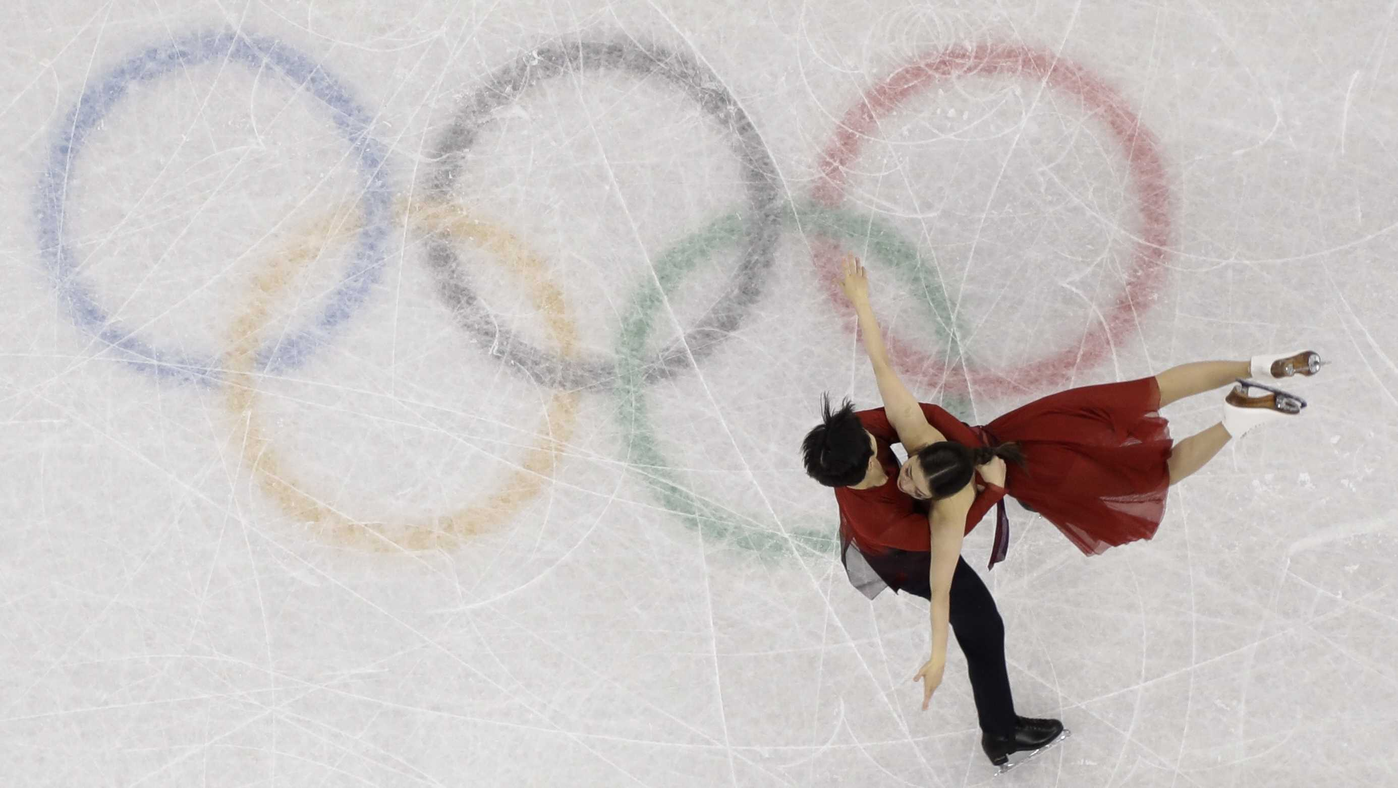 Maia Shibutani and Alex Shibutani, of the United States, perform in the ice dance free dance figure skating team event in the Gangneung Ice Arena at the 2018 Winter Olympics in Gangneung, South Korea, Monday, Feb. 12, 2018.