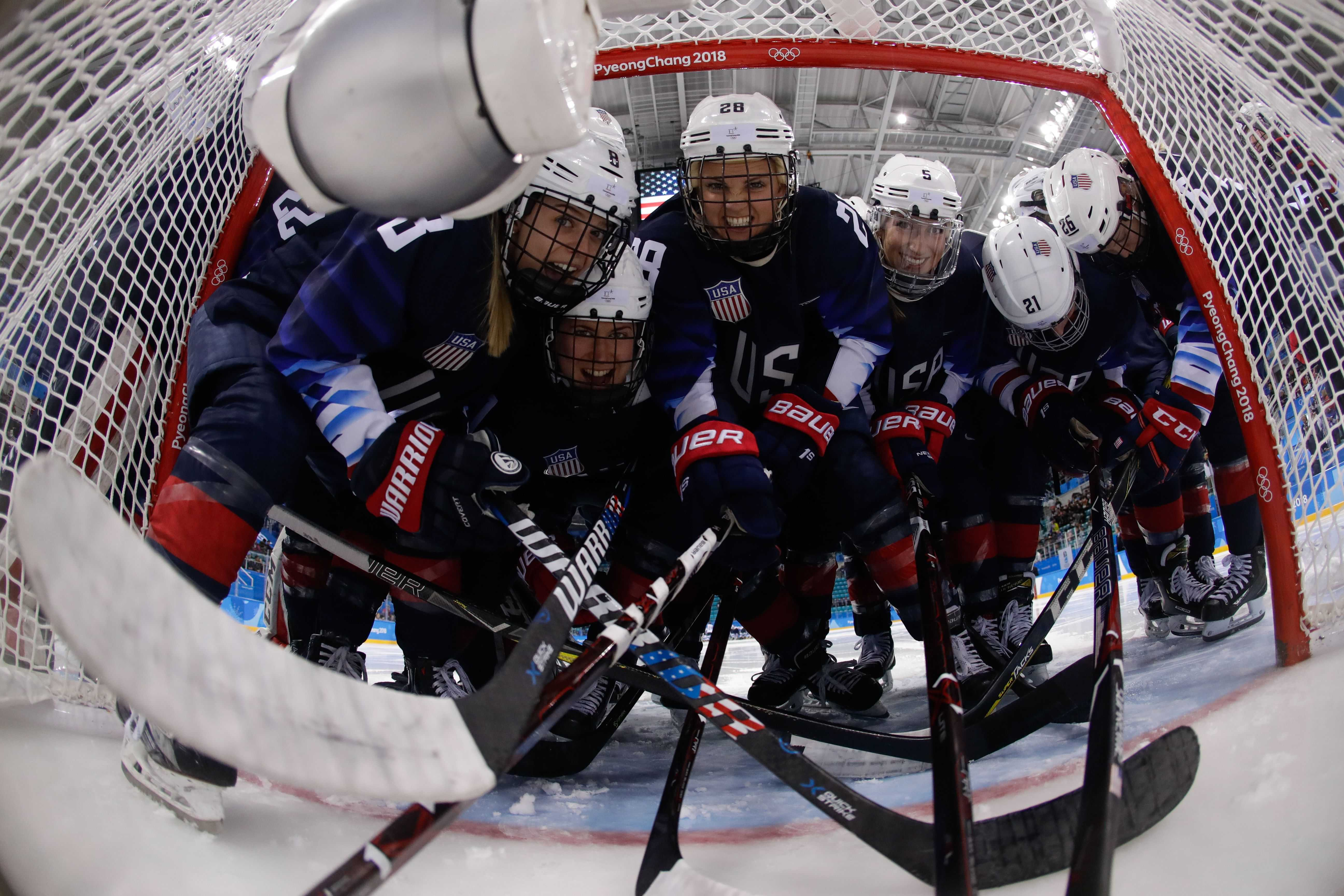 Cameranesi scores two as U.S.  advances to gold medal game