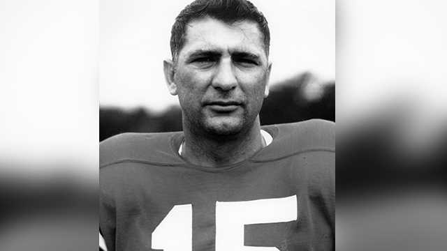 Kentucky quarterback Babe Parilli dies at 87