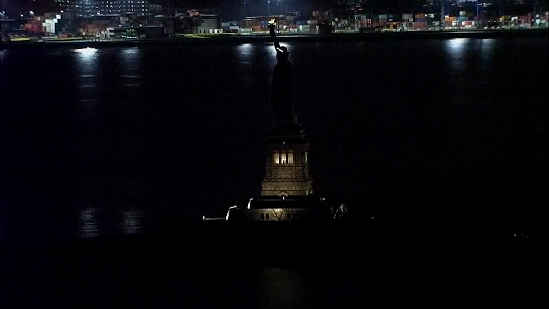 Statue of Liberty dark