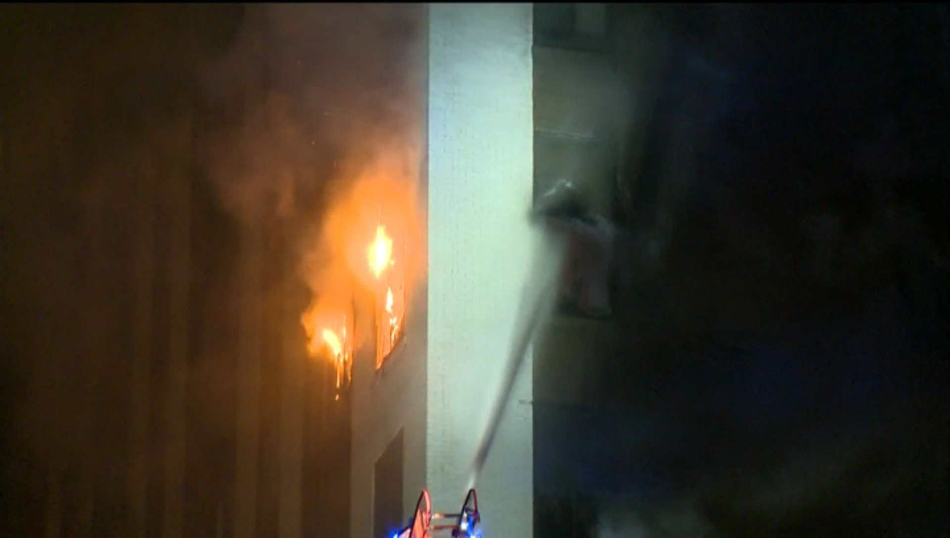 At least 1 woman dies in 7-alarm fire at Pa. high-rise