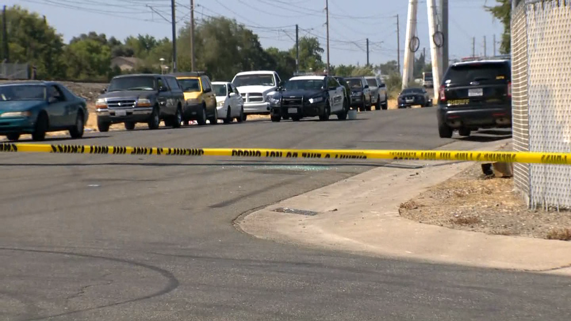 Deputies investigate a deadly shooting on Tuesday, Aug. 15, 2017, at an auto repair shop, the Sacramento County Sheriff's Department said.