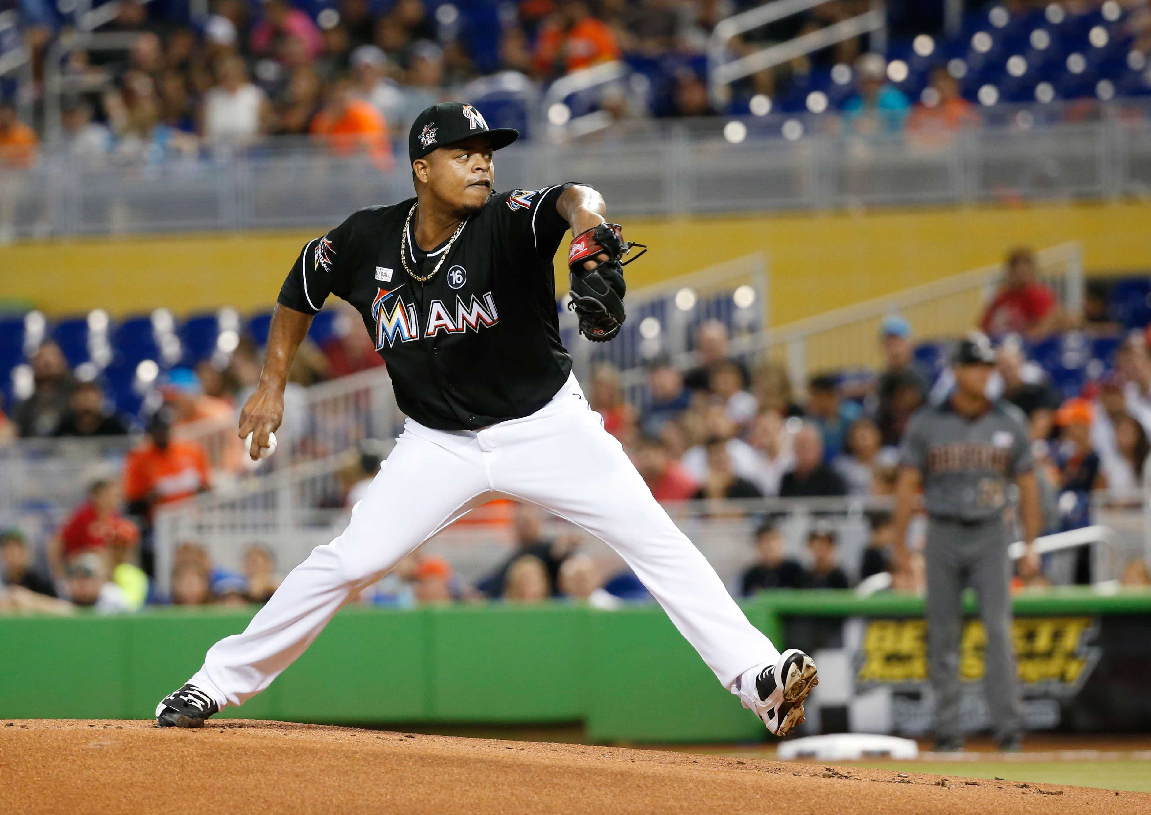 Stanton scores 3 times, Marlins top D-Backs 7-5