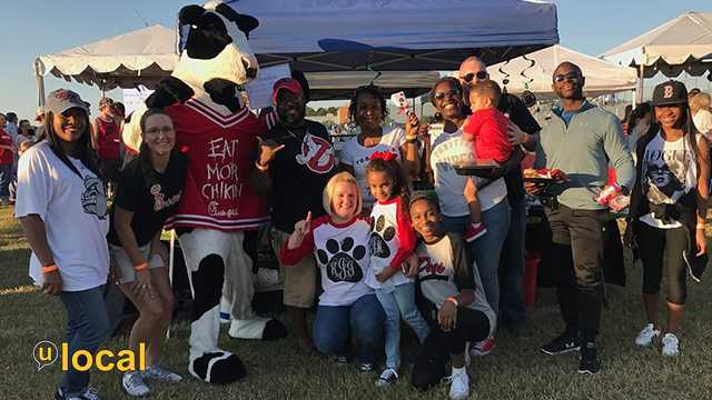 """Brandon High School alumni tailgating and supporting our kids."""