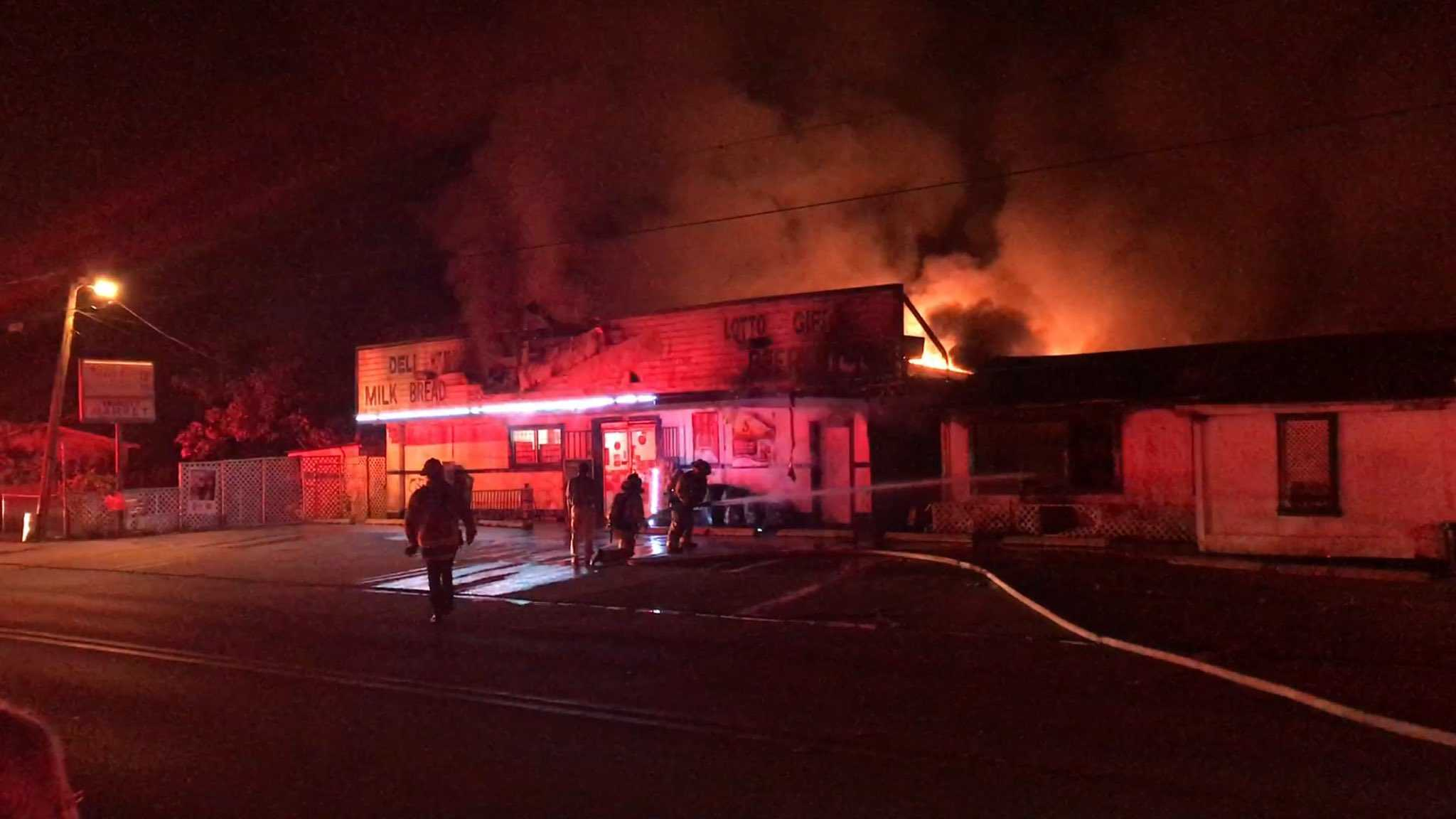 flames engulf winter garden business several homes
