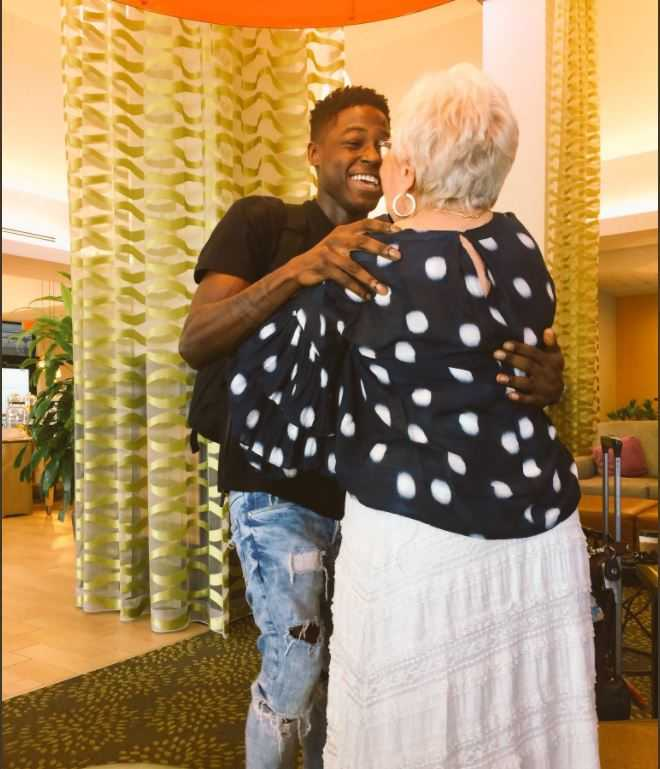Young rapper befriends grandma over Words with Friends