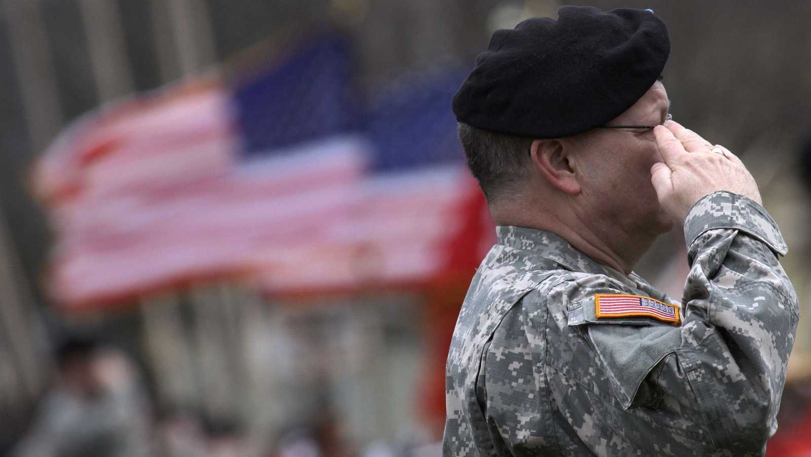 Saluting National Guard