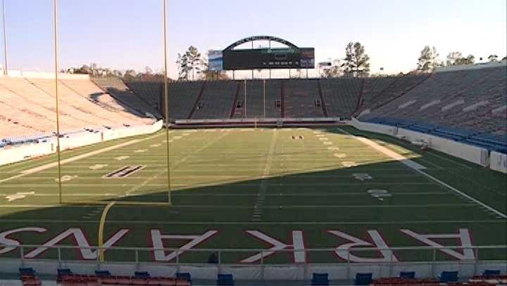 WAR MEMORIAL STADIUM VO.mp4.Still001.jpg