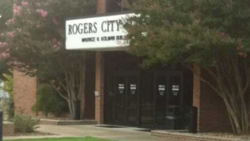 Members of the public express concern about Rogers city attorney