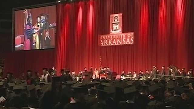 University of Arkansas to host largest fall graduation