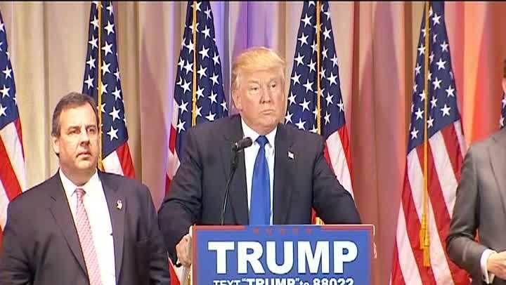 Donald Trump addresses crowd in Palm Beach