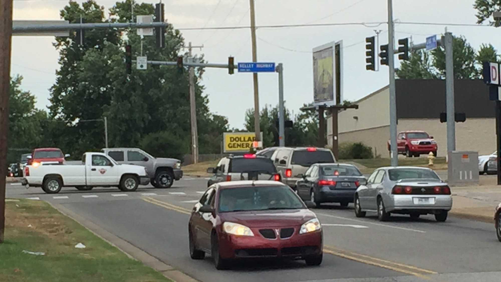 The traffic light at Kelley Highway and N. Albert Pike Ave. in Ft. Smith went out Friday afternoon.