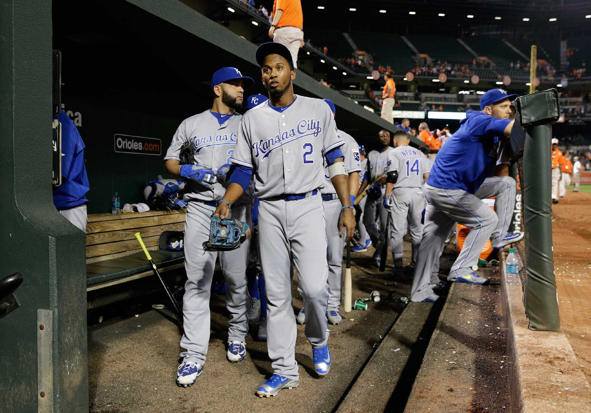 Royals and shortstop Alcides Escobar reportedly reach deal