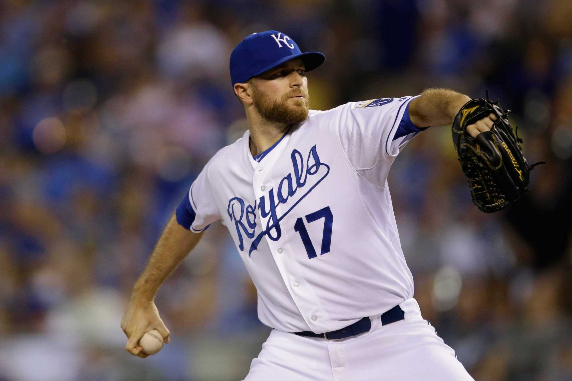 Colorado Rockies reportedly sign Wade Davis to three-year deal