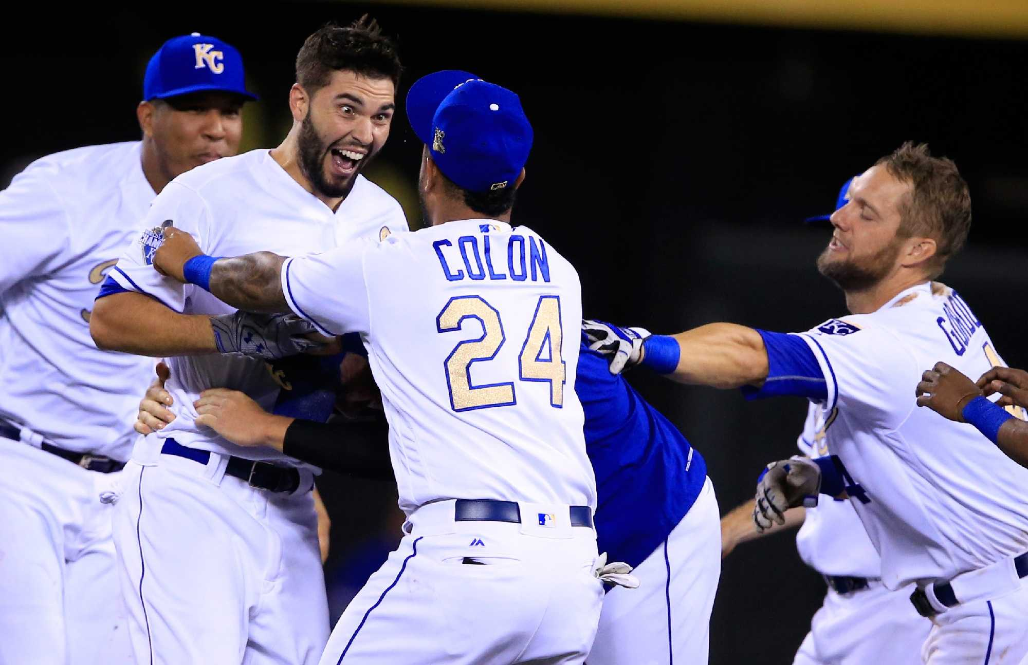 Padres Rumors: Eric Hosmer to become highest paid player in team history?