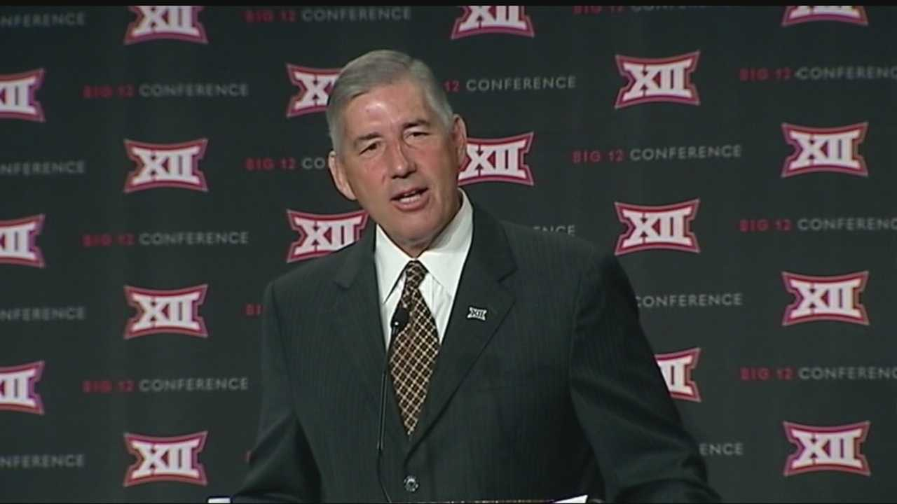 Big 12 commission Bob Bowlsby addresses attendees during Big 12 media day.