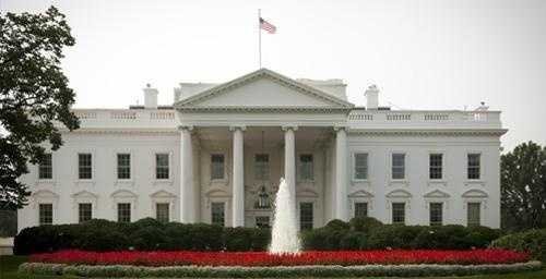 Police Clear Unattended Package Along White House Fence