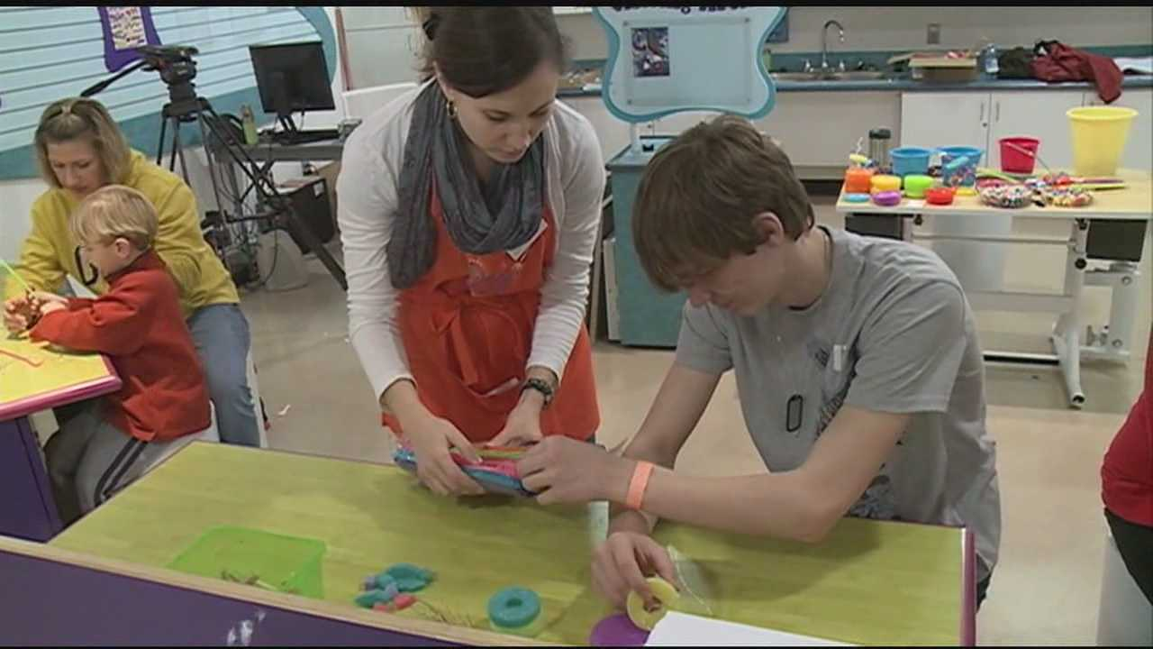 THE MISSISSIPPI CHILDREN'S MUSEUM HOSTED LOCAL ARTIST AMELIA KEY TODAY FOR A WORKSHOP ON CREATING SCULPTURES.