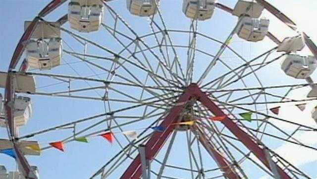 Mississippi state fair ferris wheel - 29438195