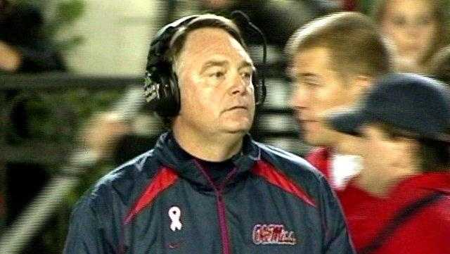 Houston Nutt - 25954673