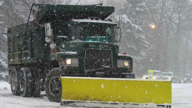 Plowing the streets of Washington, DC during the Blizzard of 2003