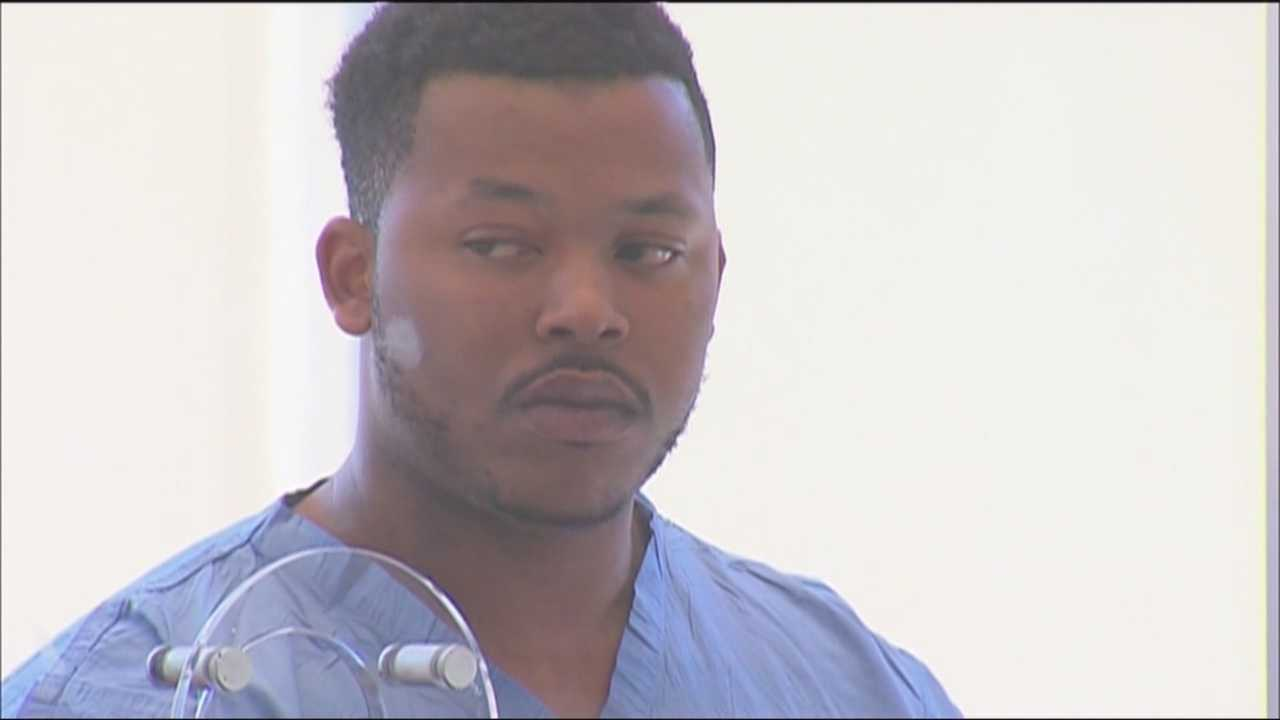 Man accused in motel worker's dragging death didn't have valid license