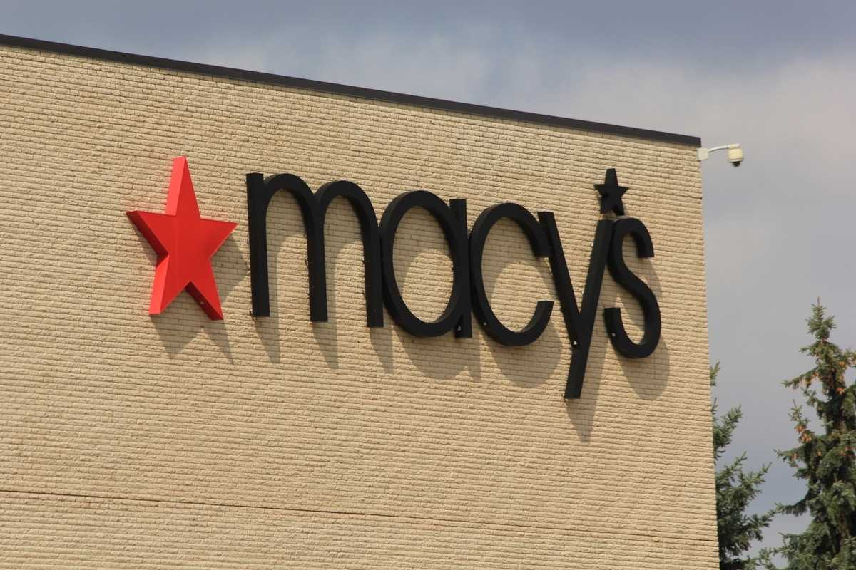 Macy's experiences issues processing credit card payments on Black Friday