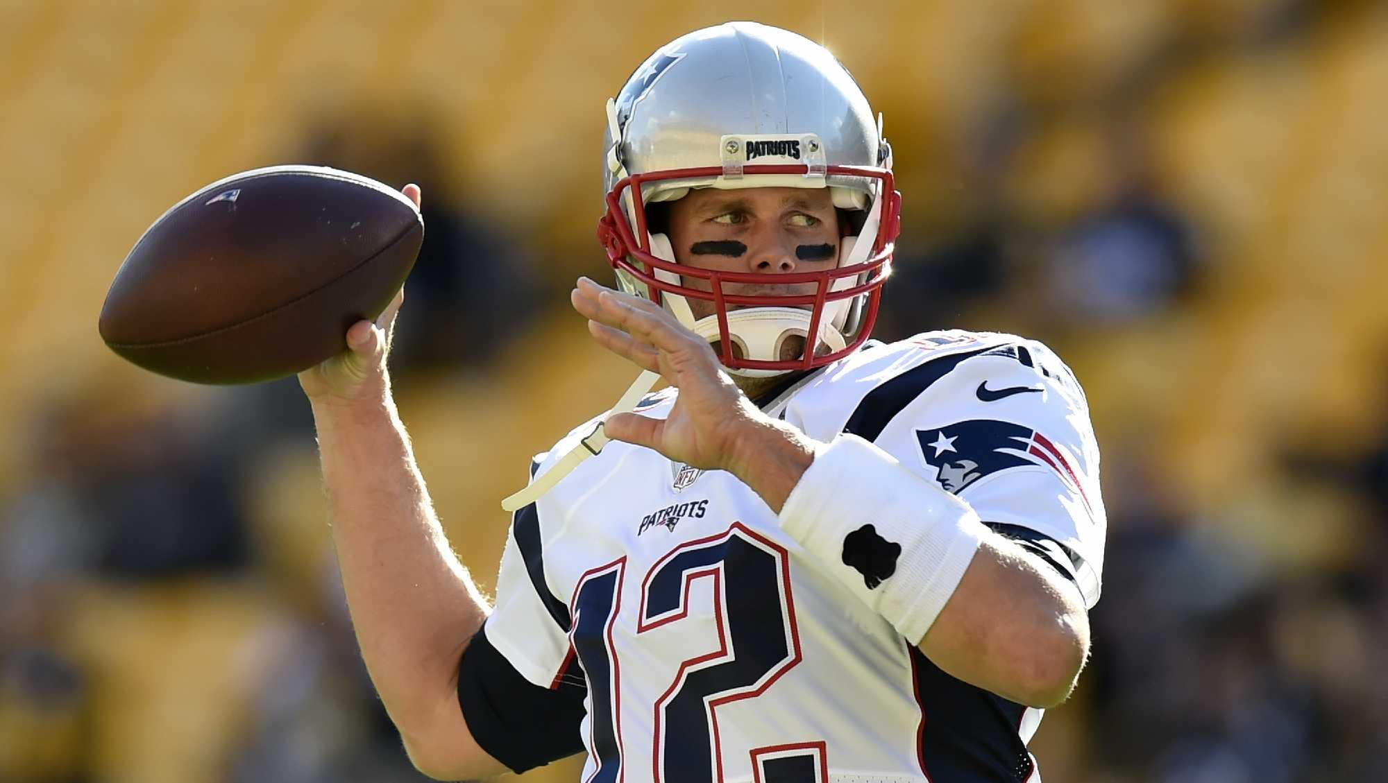 New England Patriots quarterback Tom Brady (12) warms up before an NFL football game against the Pittsburgh Steelers in Pittsburgh, Sunday, Oct. 23, 2016.