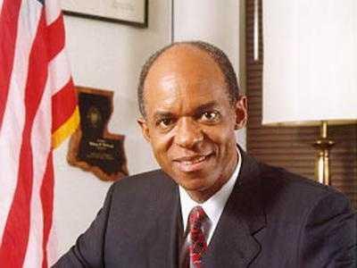 Judge orders release of jailed former congressman William Jefferson