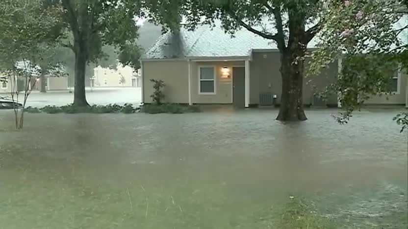 WDSU Northshore Reporter Heath Allen provides an update on the flooding in Tangi Village.