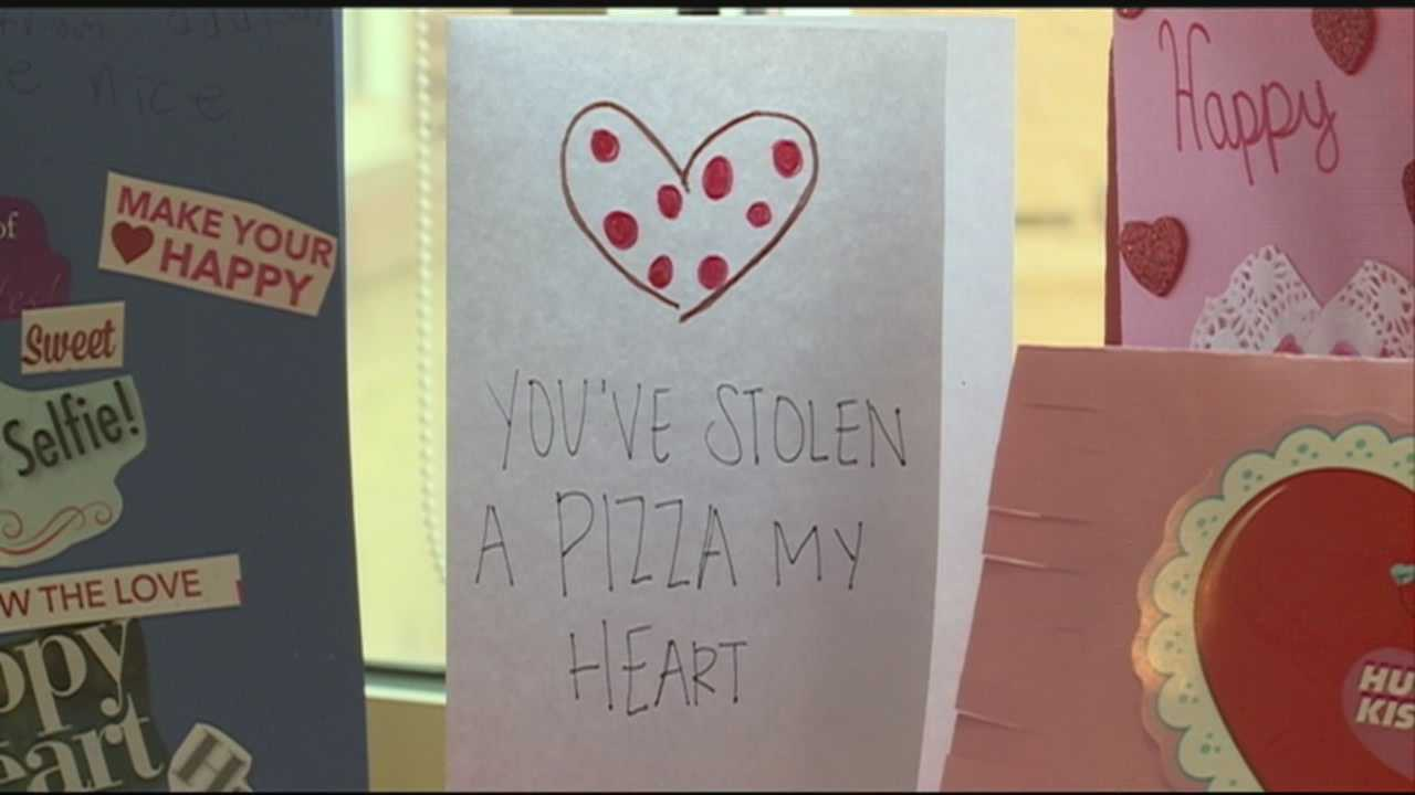 Meals on Wheels hands out handmade Valentine's Day cards with food